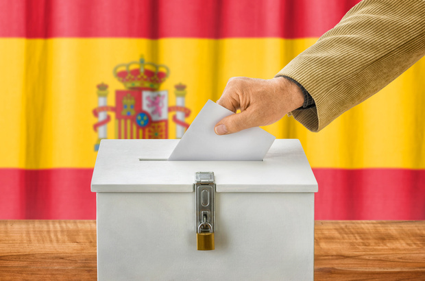 spanien rechtspopulismus rechtspolitik Konservative (PP) Sozialisten (PSOE)