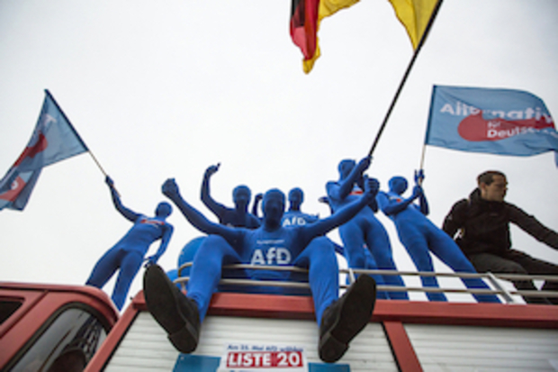 rechtsextremismus rechtspopulismus rechtsradikalismus AfD Katja-Kipping die LINKE Hitlergruß