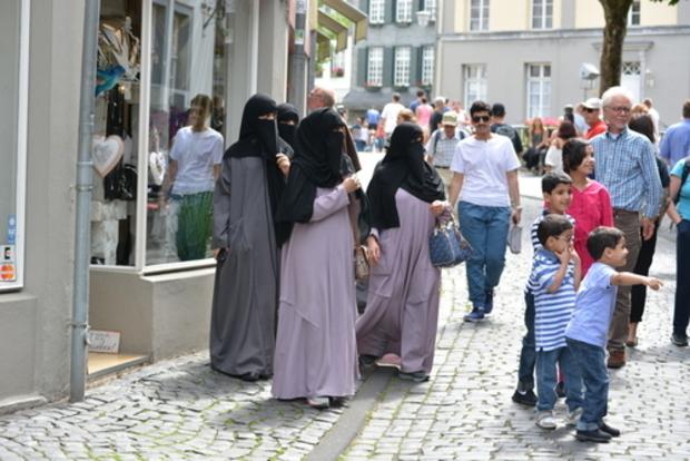 islam islamisierung politischer-islam islamismus islamophobie flüchtlinge