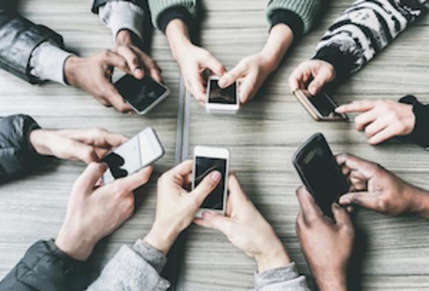 digitalisierung digitale-gesellschaft handy die LINKE Handynetz LTE Funklöcher