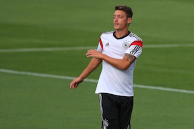 nationalmannschaft dfb Mesut-Özil