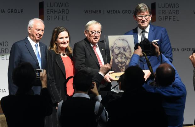 pressefreiheit jean-claude-juncker bachmaier weissach arena