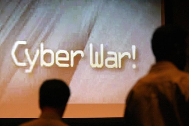 nato sicherheit terrorismus hans-peter-friedrich cyberwar thomas-de-maziere