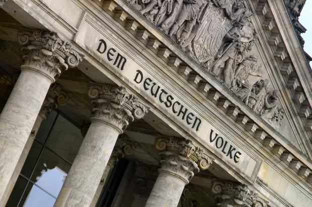 demokratie deutschland wahlrecht parteipolitik direktdemokratie systemfrage