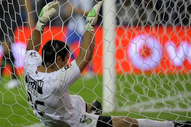 fussball arbeitnehmer schuldenkrise uefa