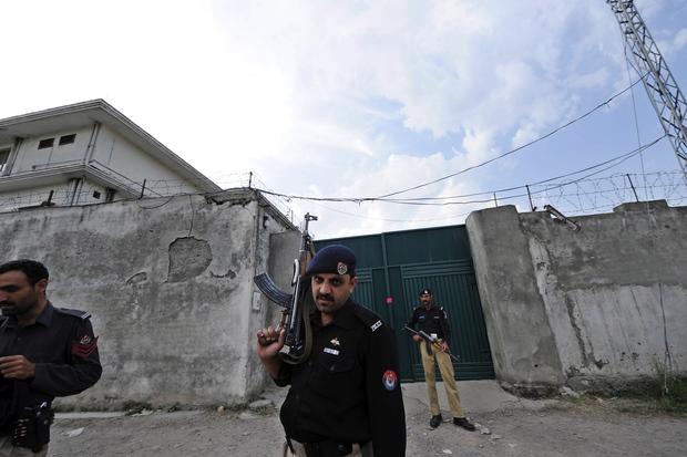 afghanistan osama-bin-laden pakistan al-kaida taliban hamid-karzai hindukusch