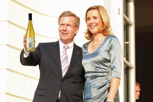 bundespraesident joachim-gauck wein christian-wulff politiker