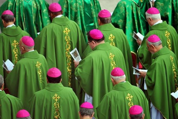 papst-johannes-paul-ii vatikan papst-benedikt-xvi kirche vatikanisches-konzil hans-kueng