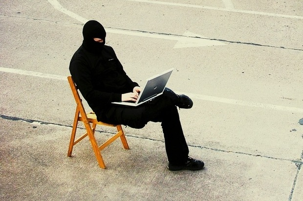 verbrechen cyberwar cybercrime neelie-kroes