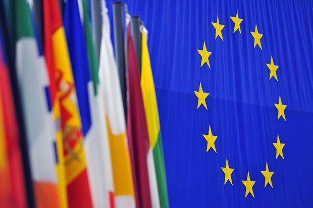 europa-politik demokratie basisdemokratie europaeische-kommission europaeische-union buergerbewegung europaeisches-parlament mitbestimmung europaeischer-rat