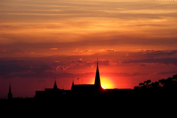 katholische-kirche evangelische-kirche evangelium AfD