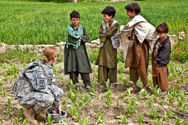 afghanistan nato afghanistanpolitik afghanistaneinsatz isaf hamid-karzai
