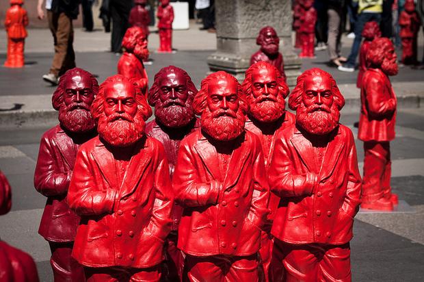 sozialismus chile kapitalismus kommunismus karl-marx gregor-gysi