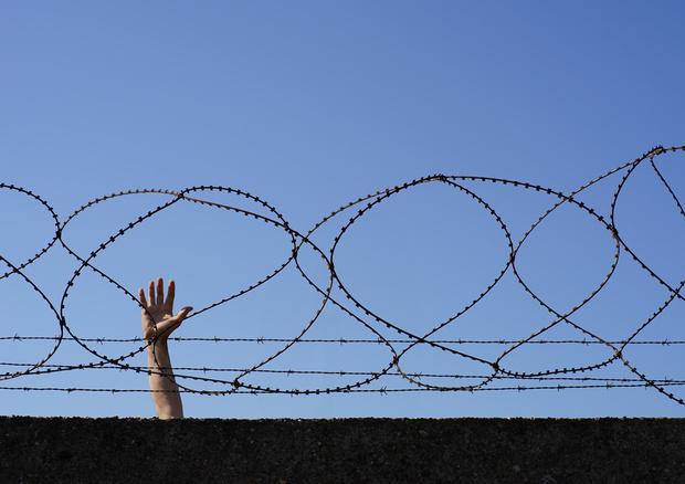 spanien migration globale-migration politisches-asyl grenze AfD flüchtlingskrise